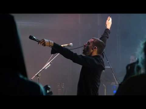 The Last Shadow Puppets - Totally Wired (The Fall cover) live, Castlefield Bowl 10-07-16