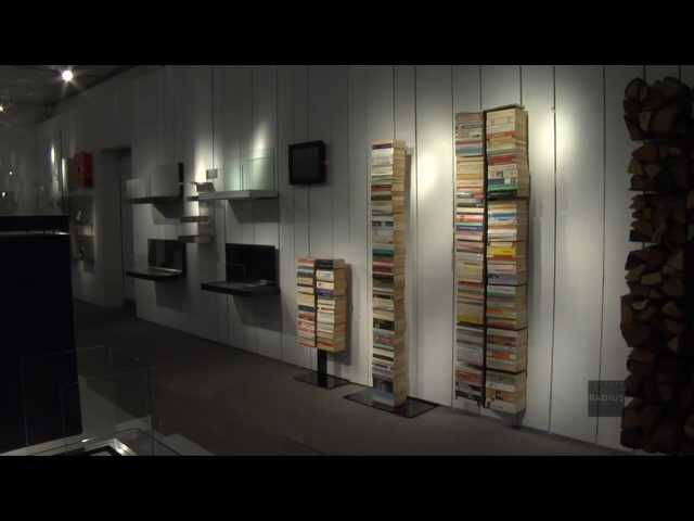 Knihovna 8 poliček RADIUS DESIGN (BOOKSBAUM schwarz WAND 2 GROSS 725A) černá