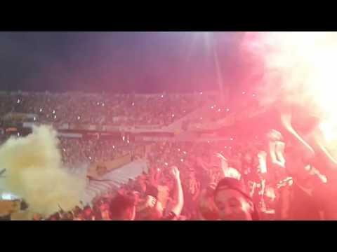 """Recibimiento Barra Amsterdam vs Boston River 2017"" Barra: Barra Amsterdam • Club: Peñarol"