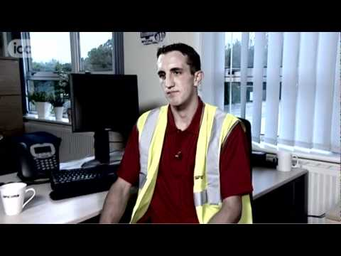 Career Advice on becoming a Warehouse Operative by David C (Full Version)