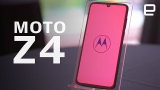 Motorola Moto Z4 Hands-On: another take on the modular phone