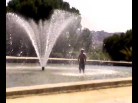 Salvatore se ducha e el Templo de Debot