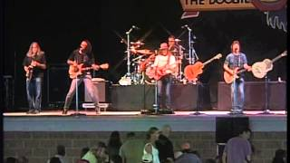 DOOBIE BROTHERS Take Me In Your Arms 2009 LiVe
