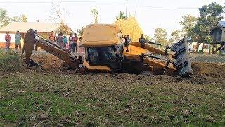 Amazing !! JCB Self Rescue - JCB Fell Down While Making Drain - JCB Video
