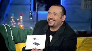 تحميل اغاني شوفوا هشام عباس هيقلد مين من المغنيين مش هتبطل ضحك???????? MP3