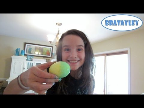 Dying Easter Eggs with Bratayley (WK 172.3)