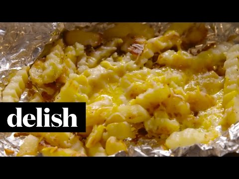 An Easy Way To Make Cheesy Garlic Fries On The Grill