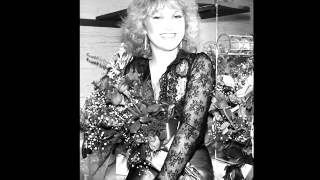 Tanya Tucker -- Here's Some Love