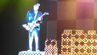 "Cheap Trick - ""Southern Girls"", live, December 2013"