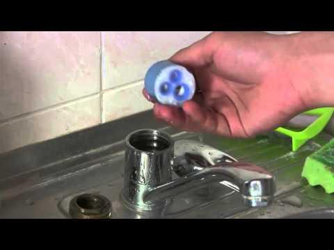 Как разобрать + ремонт флажкового однорычажного смесителя с заменой картриджа своими руками