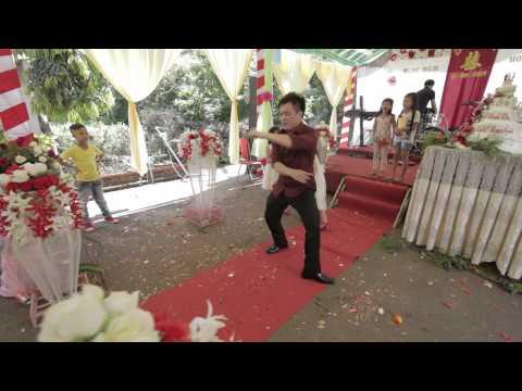 Màn trình diễn ấn tượng của chú rể trong tiệc cưới