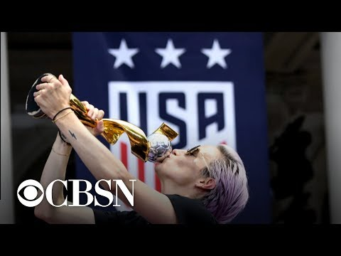 U.S. women's soccer team celebrates World Cup victory at parade