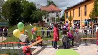 preview picture of video 'Brahmenau, Haus der Generationen, Einweihung Freianlagen, 2. Bauabschnitt, 10.05.2014'