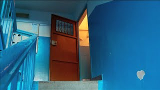 Жителей многоквартирников Тюмени заставляют снимать с петель тамбурные двери