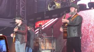 I Play The Road - Zac Brown Band 4/17/2016
