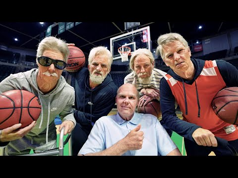 Old School Trick Shots | Dude Perfect (видео)