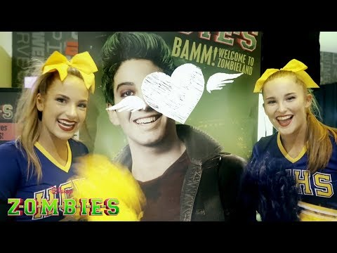 Cheerleaders LOVE Zombies 💓 | ZOMBIES | Disney Channel