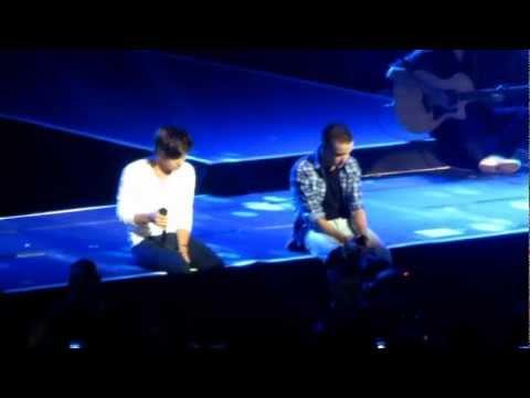 One Direction MSG-Little Things 12/3/12 (w/ Ed Sheeran) (видео)