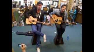 "Arkells - ""Kiss Cam"" (acoustic) (Zulu Records June 1, 2012)"