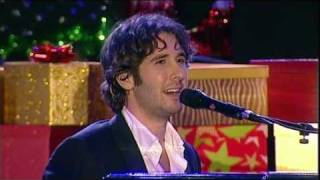 "Josh Groban - ""Bells of New York City"" at Carols in the Domain (18/12/10)"