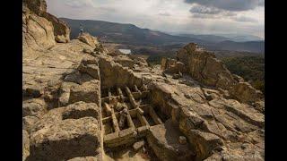 Perperikon megalithic place in Bulgaria- nagranie w j.rozyjskim z angielskimi napisami