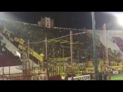 """""""Hinchada de Peñarol en Buenos Aires 2016"""" Barra: Barra Amsterdam • Club: Peñarol"""