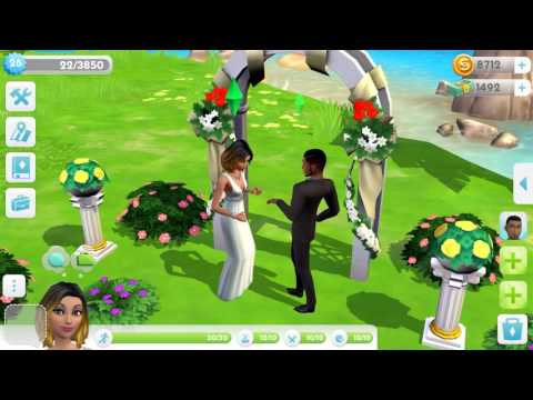 The Sims™ Mobile video