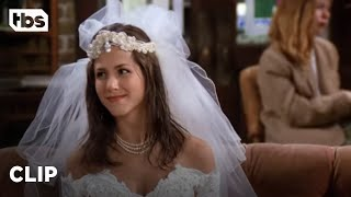 Friends - Rachel Runs Out On Her Wedding To Barry (Season 1)