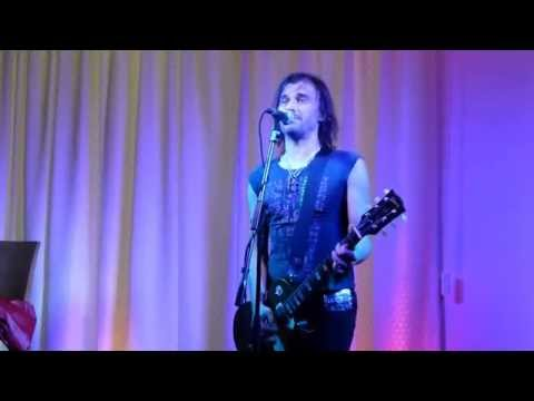 Altiyan Childs Sings Shipwreck - Revesby Workers Club. Mp3