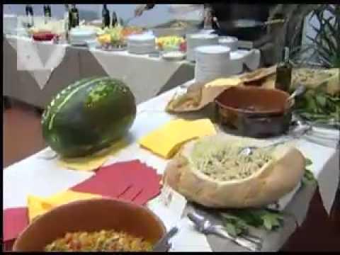Sono 752 i ristoratori e 268 le botteghe alimentari che quest'anno partecipano a Vetrina Toscana, progetto di promozione turistica promosso da Regione e Unio...