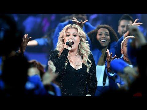 Kelly Clarkson Billboard Music Award 2019 FULL Opening Skit & Medley