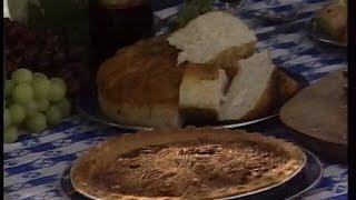 Dutch Oven Pecan Pie Recipe | Cee Dub