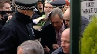 Top Five Assaults On Politicians - This Is Genius