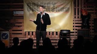 Scott Capurro Runs Free At Comedy Unleashed