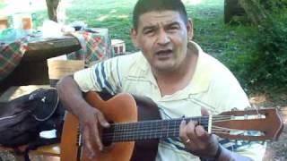 preview picture of video 'EL POLICIA CANTOR-- SALTOS DEL TABAY MISIONES'