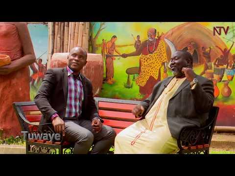 Tuwaye ne John Ssempebwa, nannyini wa Ssemagulu Royal Museum e Mutundwe mu Kampala