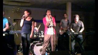 Nilton Ramalho     Si Bu Era Di Meu (Live) @ Latin Life Charity Party Avifauna 28 Okt 2011.