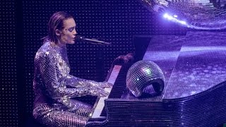 Miley Cyrus - Pablow The Blowfish Live The Milky Milky Milk Tour Detroit
