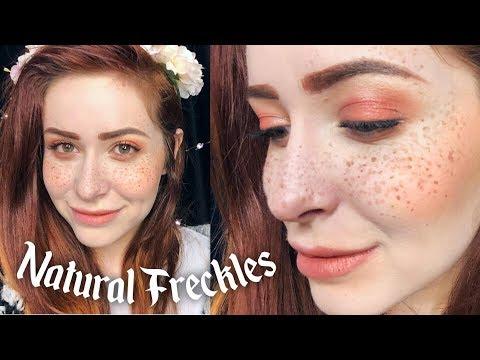 Russian artistang babae na may freckles