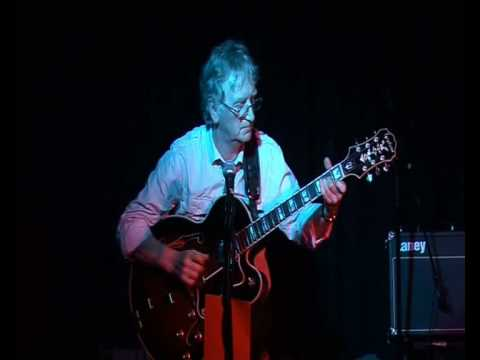 Dave Merrick plays 'Misty' and 'Anji' live using a Japanese 1980's Epiphone Emperor