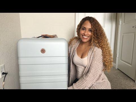 DesignLoveFest Hardside Suitcase 🛅