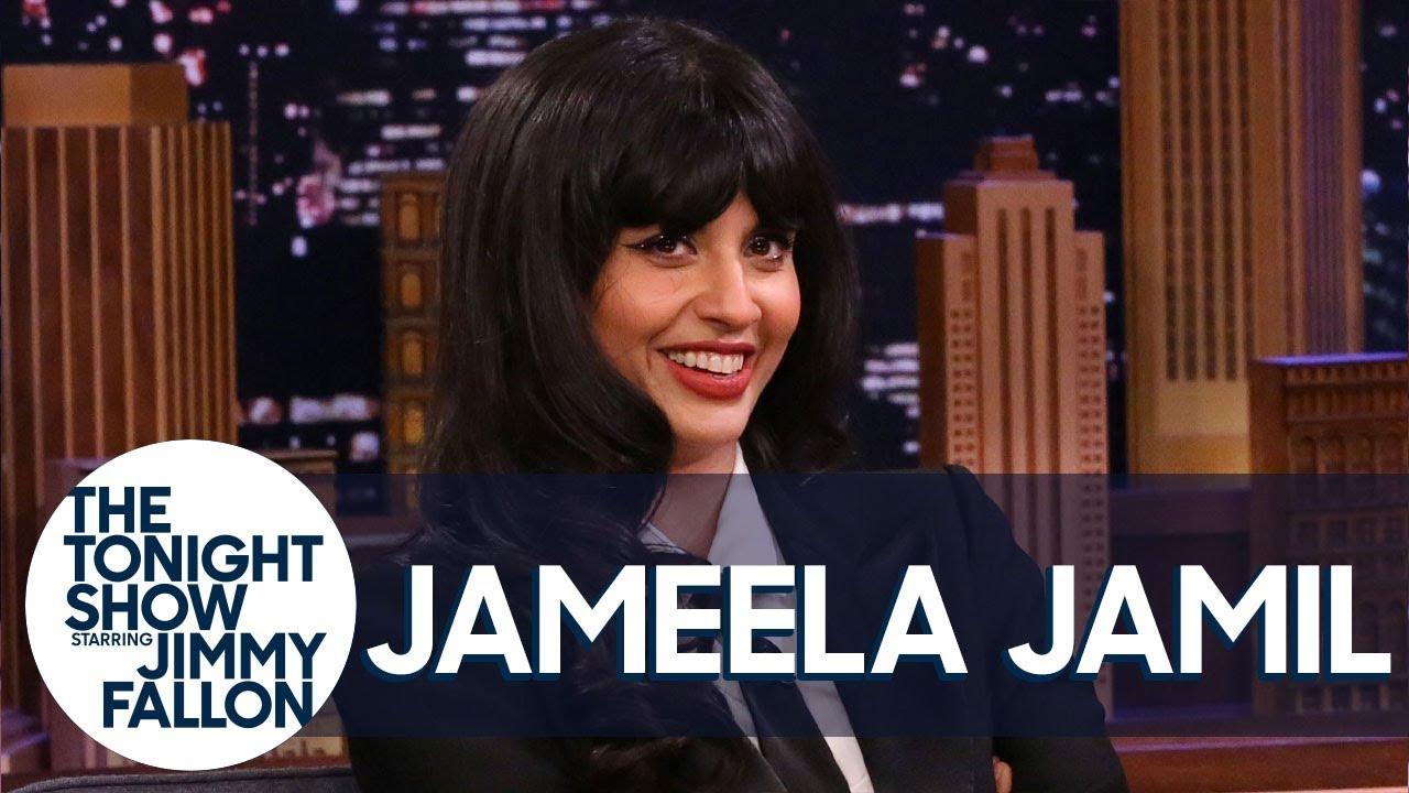 Jameela JamilKnocked Down Al Pacino, Rejected Leonardo DiCaprio to Smuggle Steaks thumbnail