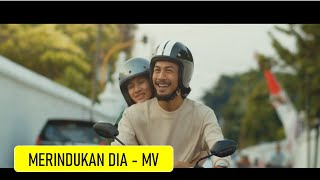 Download lagu Nino Mandalla Merindukan Dia Mp3