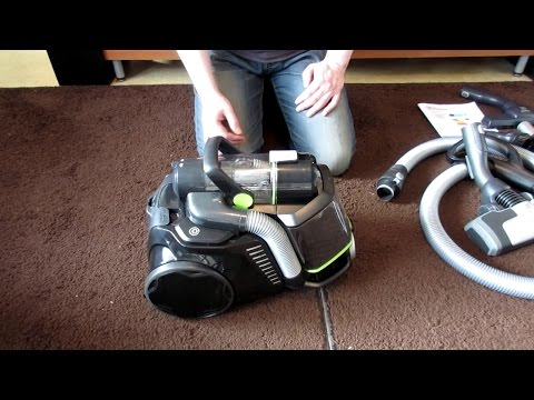 Electrolux UltraFlex Green Canister Vacuum Cleaner Review/Demonstration