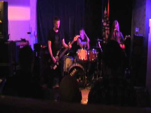 Stomping on humanity/Serpents Dirge (live at La Barre,Joensuu 11.4.2014)