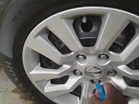 , title : 'Tips and tricks for cleaning around vehicle lug nuts the correct way