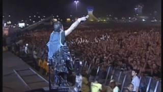 Iron Maiden   Fear Of The Dark   HD (Rock In Rio 2001)