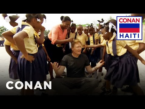 Conan na Haiti #2: Návštěva základní školy - CONAN