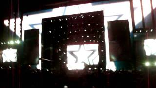 """Swedish House Mafia @ EDC 2010 Friday Intro song """"Reach Out"""""""