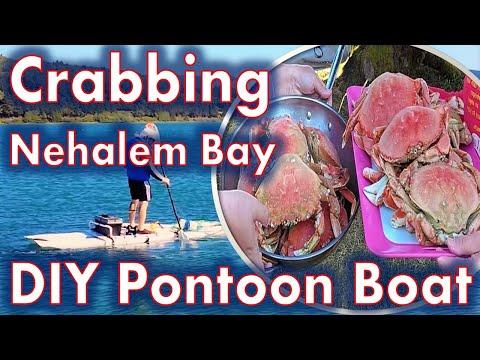 Crabbing in Nehalem Bay Oregon with my DIY pontoon boat